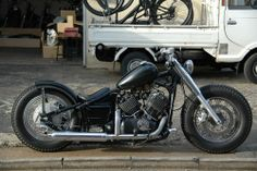 JET CUSTOM CYCLES Yamaha Drag star bobber Harley Bikes, Harley Davidson Motorcycles, Cars And Motorcycles, V Star Bobber, Yamaha V Star, Custom Cycles, Custom Bikes, Bobber Chopper, Bike Design