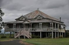 An abandoned Queenslander house in Cooktown, Australia.