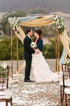 Winter wedding ceremony | Photo by Mirelle Carmichael