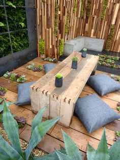 Having An Outdoor Meditation Area - www.nicespace.me