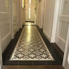 / korridor You are in the right place about Cement bathroom Here we offer you the most beautiful pictures about the how to make Cement you are looking for. Terrazzo, Cement Bathroom, Farmhouse Remodel, Hand Tufted Rugs, Tile Patterns, Tile Design, Pattern Wallpaper, Entrance, Tiles