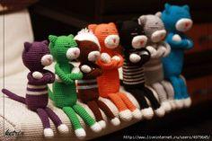ДАВАЙТЕ СВЯЖЕМ КОТА АМИНЕКО        Аминеко, одна из самых популярных вязаных игрушек в Японии, уже стал классикой в амигуруми. Это замечательный вариант вязания для начинающих, связав его, можно изу…