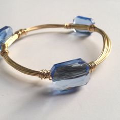 Three stone wire bangle - sky blue crystal