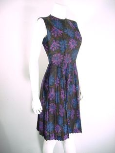 hello 90s print lol - MOD Floral Print Day Dress by bloomstreetvintage, $58.00