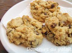 Douceurs au palais: Biscuits au beurre d'arachides, au chocolat et aux raisins ou la décadence pure et dure!!!