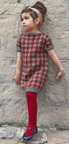 Детское платье в гусиную лапку