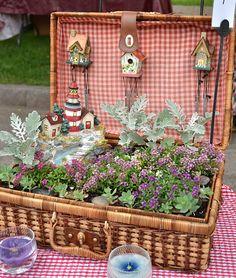 Old picnic basket into a fairy garden Mini Fairy Garden, Dream Garden, Garden Art, Garden Ideas, Little Gardens, Small Gardens, Fairy Doors, Miniature Fairy Gardens, Garden Gifts