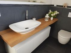 All Details You Need to Know About Home Decoration - Modern Grey Bathrooms, Modern Bathroom, Small Bathroom, Grey Slate Tile, Kitchen Ornaments, Best Bathroom Vanities, Small Toilet, Downstairs Toilet, Toilet Design