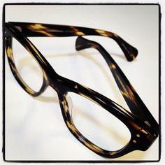 64cd8ea47e Oliver Peoples horn-rimmed tortoise shell glasses Oliver Peoples