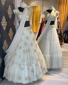 Buy beautiful Designer fully custom made bridal lehenga choli and party wear lehenga choli on Beautiful Latest Designs available in all comfortable price range.Buy Designer Collection Online : Call/ WhatsApp us on : Indian Bridal Outfits, Indian Bridal Lehenga, Indian Designer Outfits, Designer Dresses, Look Fashion, Indian Fashion, Bollywood, Lehnga Dress, Dress Skirt
