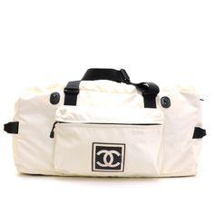 624db5d51694 19 bästa bilderna på Chanel | Chanel designer, Chanel bags och ...