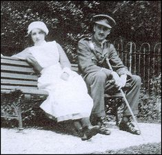 Vera Brittain and her brother Edward Brittain in 1915