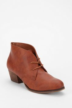 Urban Outfitters - Chelsea Crew Armor Lace-Up Ankle Boot