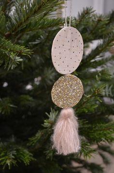 Lot de 4 Laura Ashley Christmas SnowGlobe Déjeuner serviettes Bonhomme De Neige Renne Fox