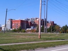 The Oscar Mayer (Kraft Foods) plant on Rockingham Road in Davenport, Iowa, where they make Lunchables.