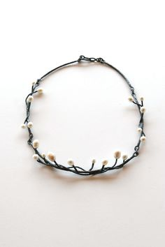 Exquisite necklace by Hitomi Jacobs, oxidized sterling silver and pearls. Gallery Lulo.