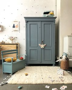 Josef - tutu et tata Big Girl Bedrooms, Kids Bedroom, Painted Wardrobe, Room Interior, Interior Design, Bedroom Cupboard Designs, Kids Decor, Girl Room, Room Inspiration