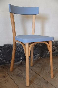 1000 id es sur le th me chaise bistrot sur pinterest for Restauration meuble antique