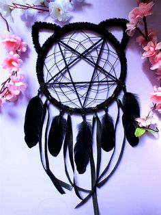 Check out this item in my Etsy shop https://www.etsy.com/listing/600915634/dreamcatcher-cat-familiar