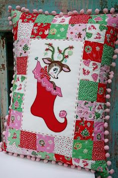 Vintage Deer & Stocking Pillow Tutorial featuring the Little Joys fabric collection designed by Elea Lutz for Penny Rose Fabrics Christmas Crafts Sewing, Christmas Patchwork, Christmas Cushions, Christmas Embroidery, Christmas Fabric, Christmas Pillow, Christmas Projects, Christmas Quilting, Christmas Deer