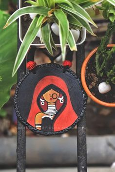 Teracotta Jewellery, Terracotta Jewellery Designs, Fabric Painting, Shadow Painting, Indian Folk Art, Indian Art Paintings, Biscuit, Handmade Jewelry Designs, Fabric Jewelry