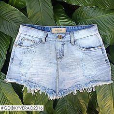 A minissaia jeans desfiada é a opção perfeita para atualizar o look! ;) #Aposte #Gdokyjeans #Verão2016
