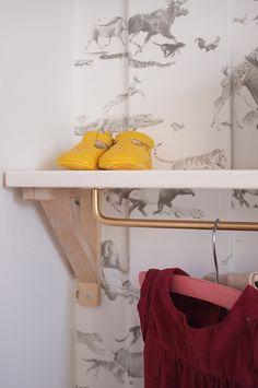 nursery-open-hanging