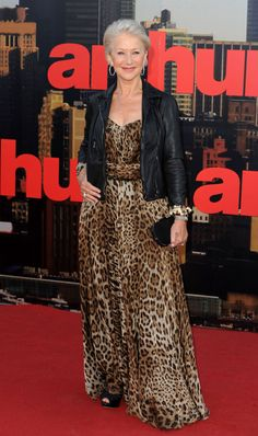 """ Share  Tweet  Fullscreen Helen Mirren Modesty and a healthy dose of humor are keys to Mirren aging so gracefully. When a gym recently gave her Body of the Year, she told the women of The View that she just sucked in her stomach.  """"It was a beautiful thing that these fitness people did, I have to say,"""" she said. """"I think it was recognition of the fact that you don't have to be perfect."""""""