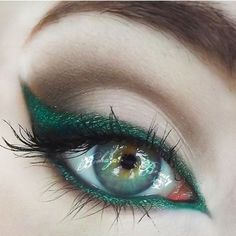 La Vie: Maquiagens usando verde, a cor do ano