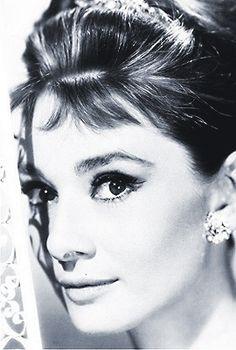 Audrey audrey-deserves-a-whole-board