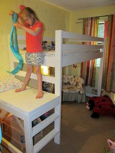 1000 images about small kids rooms on pinterest small kids rooms loft beds and home projects. Black Bedroom Furniture Sets. Home Design Ideas
