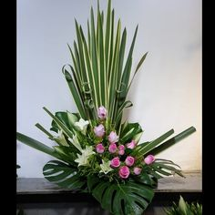 Tropical Flower Arrangements, Creative Flower Arrangements, Funeral Flower Arrangements, Beautiful Flower Arrangements, Flower Centerpieces, Flower Decorations, Beautiful Flowers, Contemporary Flower Arrangements, Memorial Flowers