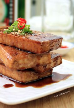Seared Tofu with Soy-Maple Sauce {Tofu dish that even carnivores will love. The simple Asian sauce used in this dish is to die for!} from cHowDivine.com