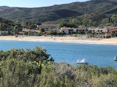 Kalamitsi Beach with Crystal water and golden sand! Relaxing Holidays, Amazing Places, The Good Place, Dolores Park, Crystal, Beach, Water, Travel, Gripe Water