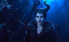 'Maleficent' trailer: There's more than horns and thorns to Angelina Jolie's villain — VIDEO | EW.com