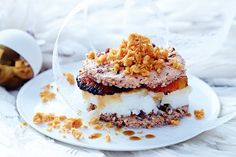 It& hard to resist Matt Moran& lemon sorbet and burnt orange sandwiches. They& the perfect combination of sweet and sour. Frozen Desserts, No Bake Desserts, Just Desserts, Frozen Treats, Dessert Recipes, Orange Recipes, Lemon Recipes, Granita, Desert Recipes