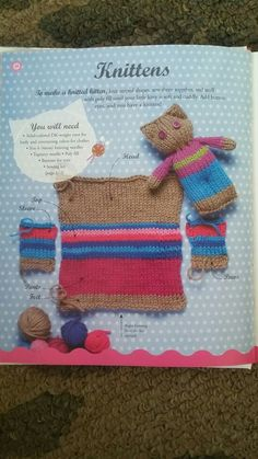 Super Easy Knit Slippers From Square Free Knitting Pattern & Video Knitted Doll Patterns, Animal Knitting Patterns, Knitted Dolls, Stuffed Animal Patterns, Crochet Toys, Crochet Patterns, Knitting For Charity, Knitting For Kids, Loom Knitting