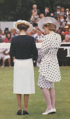 Diana and Princess Anne at the 1986 Epsom Derby