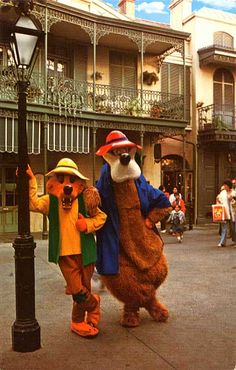 Would any of the kids know who these characters were? I still don't understand why Song of the South was banned. I thought Uncle Remus was the best guy ever. Walt Disney, Disney Parks, Uncle Remus, Song Of The South, Disney Wishes, Disney Movies, Disney Characters, Splash Mountain, Disney Films