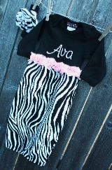 Awesome site for Monogrammed kids clothes!