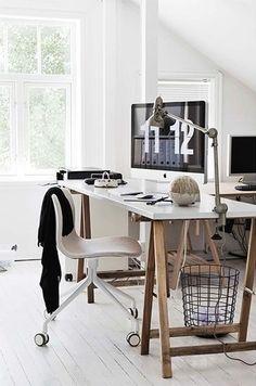 Un loft en norvège planete deco a homes world * home office домашний офис, Home Office Space, Home Office Design, Home Office Decor, House Design, Home Decor, Office Ideas, Office Themes, Office Inspo, Desk Space