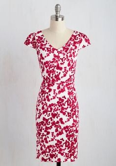 Impressive Accomplishments Dress in Magenta | Mod Retro Vintage Dresses | ModCloth.com