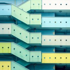 Minimal, simétrico, y Fotografía Arquitectura colorida