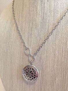 Diffuser necklaces idea