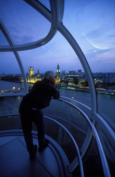View from the London eye! https://www.facebook.com/photo.php?fbid=579787095368865=pb.382262905121286.-2207520000.1360137934=3
