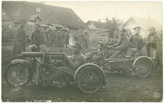 39th Tomsk infantry regiment with their motorcycle-mounted machine guns during WW1, Russia.
