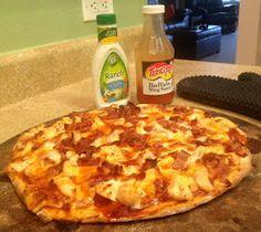 Cardio Pizza: Buffalo Chicken, Bacon & Ranch Pizza