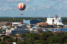 #Florida sunshine and animated attractions in Orlando