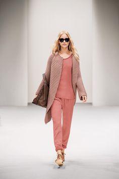Outfit in wunderbaren Pastelltönen! #LimbeckerPlatz #Essen #LimbeckerPlatzEssen #fashion #women #styles #streetstyle #Mode