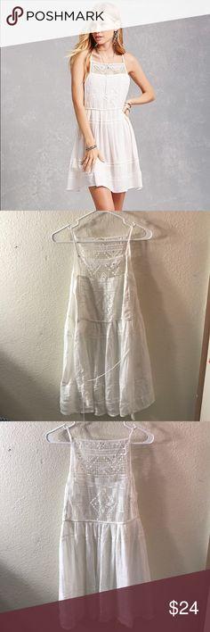 Floral crochet mini dress Cute floral crochet mini dress that has never been worn before Forever 21 Dresses